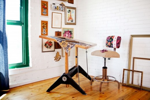 Inspiring-eclectic-home-office-3-520x346