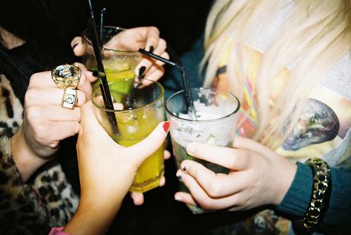 accessories-alchohol-cocktails-drinks-fashion-Favim.com-145626