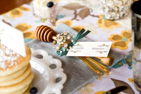 Honey-Dipper-Wedding-Favor-600x399