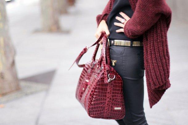burgundy-street-style-3