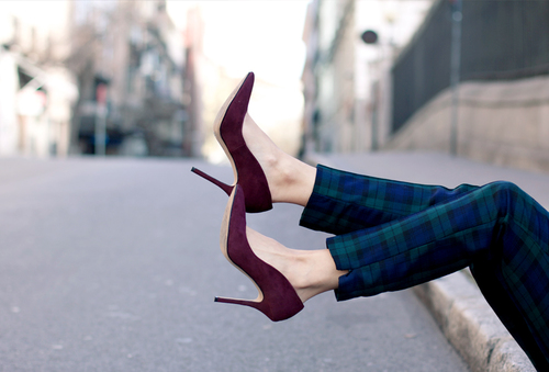 Checked_Trousers-Burgundy_Jacket-Outfit-Street_Style-21_large