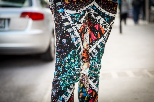 graphic-print-pants-montreal-street-style-1-9