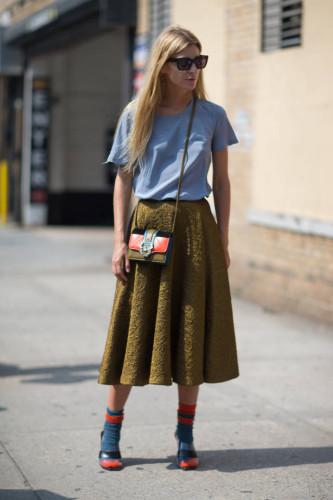 hbz-street-style-trend-midi-skirt-001-sm-333x500