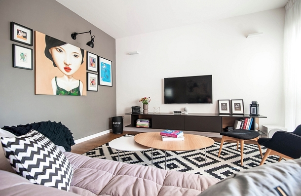 lovely-use-of-wall-art-and-geometric-patterns-in-the-living-room