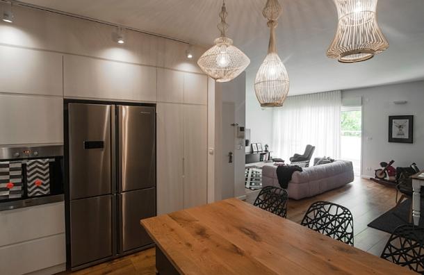 sculptural-pendant-lights-for-the-kitchen