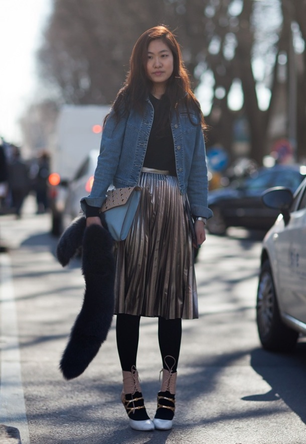 STOCKHOLM-STREET-STYLE-FASHION-WEEK-FALL-WINTER-2012-METALLIC-PLEATED-SKIRT-BLACK-TIGHTS-MIU-MIU-LACE-UP-ANKLE-BOOTS-DENIM-JEAN-JACKET-BLACK-FUR-STOLE-