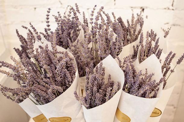 DIY Lavender Elderflower Jelly Wedding Favors